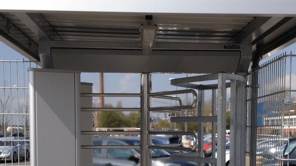 Drehkreuz Kaba mit Dach Edelstahlbügel